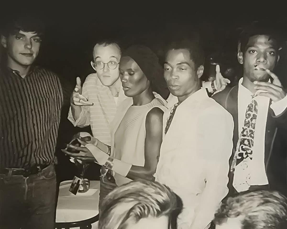Photographie d'Andy Warhol, 1986 - C. Putman, K. Haring, G. Jones, Fela Kutti et J.M.Basquiat.