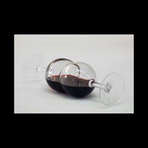 Glouglou, 2 verres, vin rouge, 23 x 7,5 x 7,5 cm, 2013. Edition 10 ex.