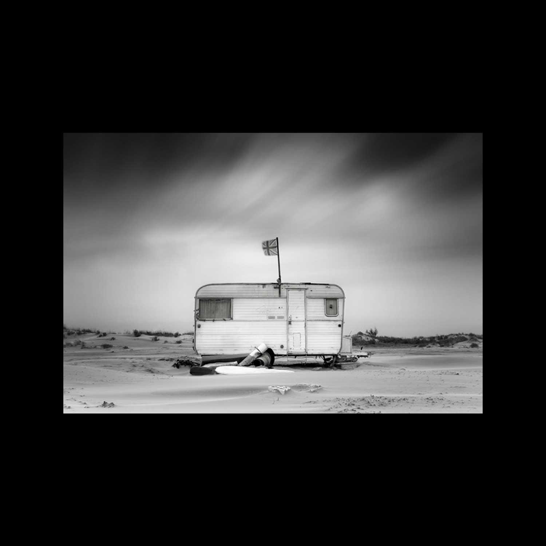 Boris Dumont, Photograph from the Caravan Avenue series, 2013