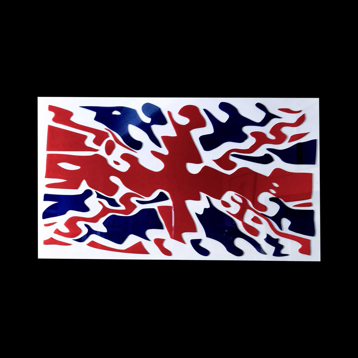 Raymond Hain,s Union Jack, 2004. Plexiglas collé sur plaque de plexiglas, cadre inox, 120 x 220 cm