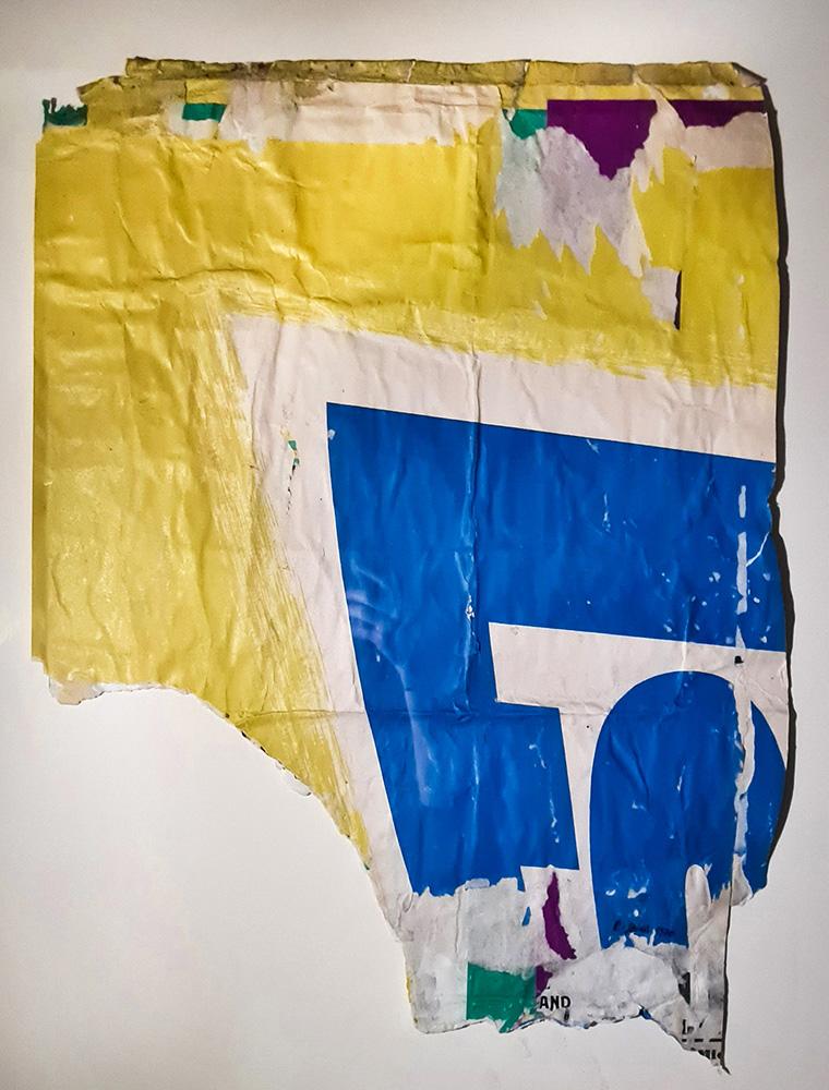 Raymond Hains Sans titre (Allumette carrée brûlée), 2005. Bronze à la cire perdue, patiné, 7/8. 223 x 4 x 4 cm